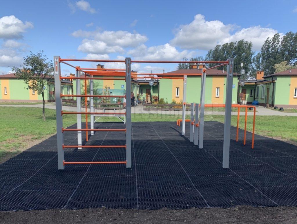 Street Workout Fitnessinone SWP M3 – realizacja Chocianów – Fitness in one SWPM3 – siłownie zewnętrzne i wewnętrzne 1